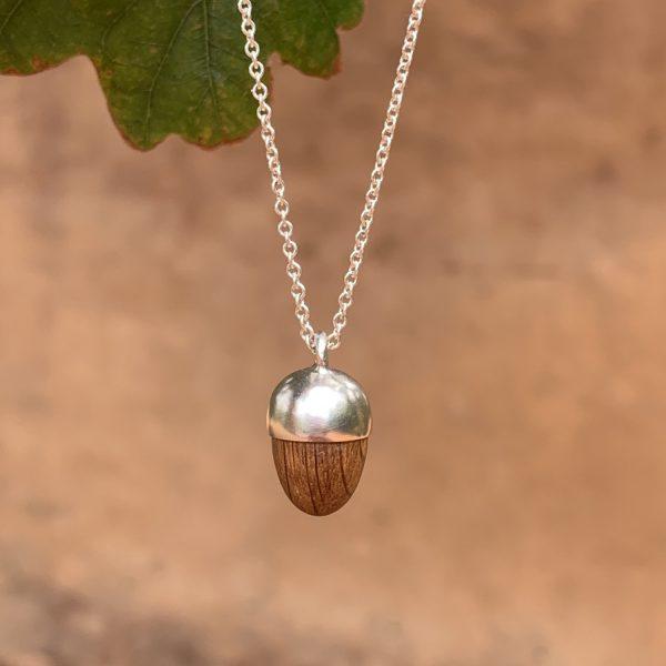 Silver Acorn pendant 1